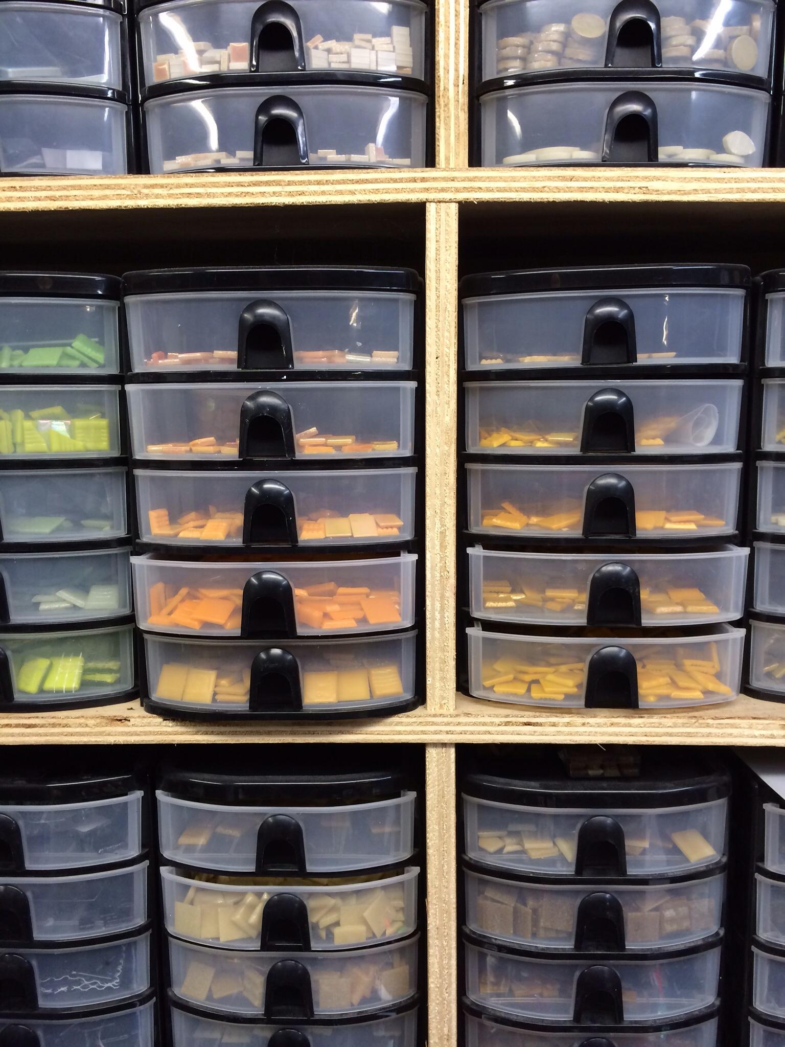 Detroit Part Deux Mika Blog: the most organized home