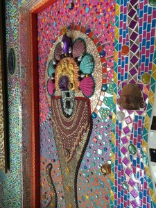 Even the doors are mosaiced!